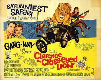 Clarence, le lion qui louche